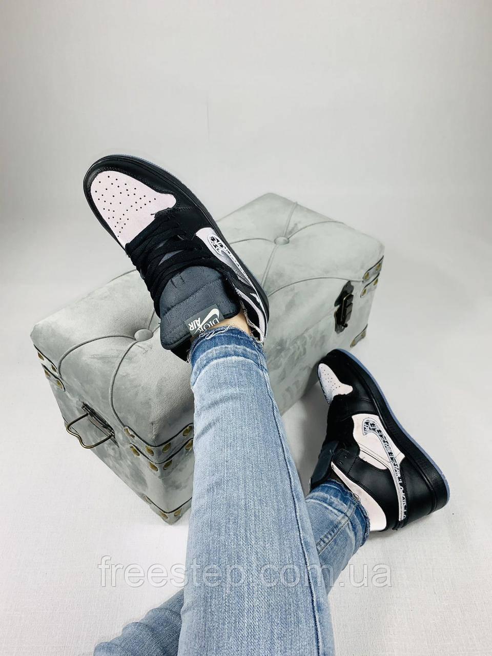 Женские кроссовки в стиле Jordan 1 Retro High Dior черные