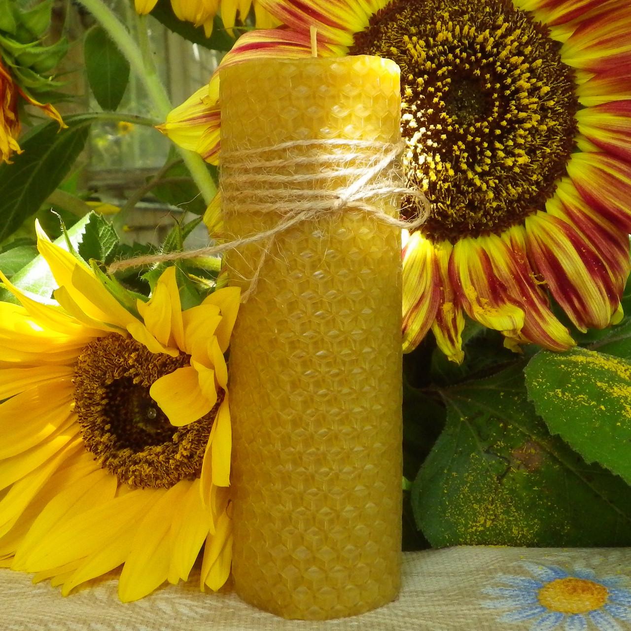 Цилиндрическая восковая свеча D45-210мм из натуральной вощины (натуральный пчелиный воск)