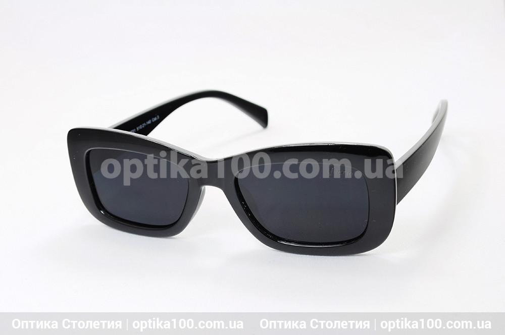 Солнцезащитные очки ДЛЯ ЗРЕНИЯ в черной пластиковой оправе