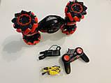 Машинка-перевертыш Stunt трюковый автомобиль с управлением с руки красная, аккумулятор, фото 6