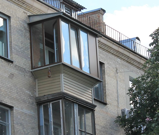 Ремонт балкона в Сталинке Киев