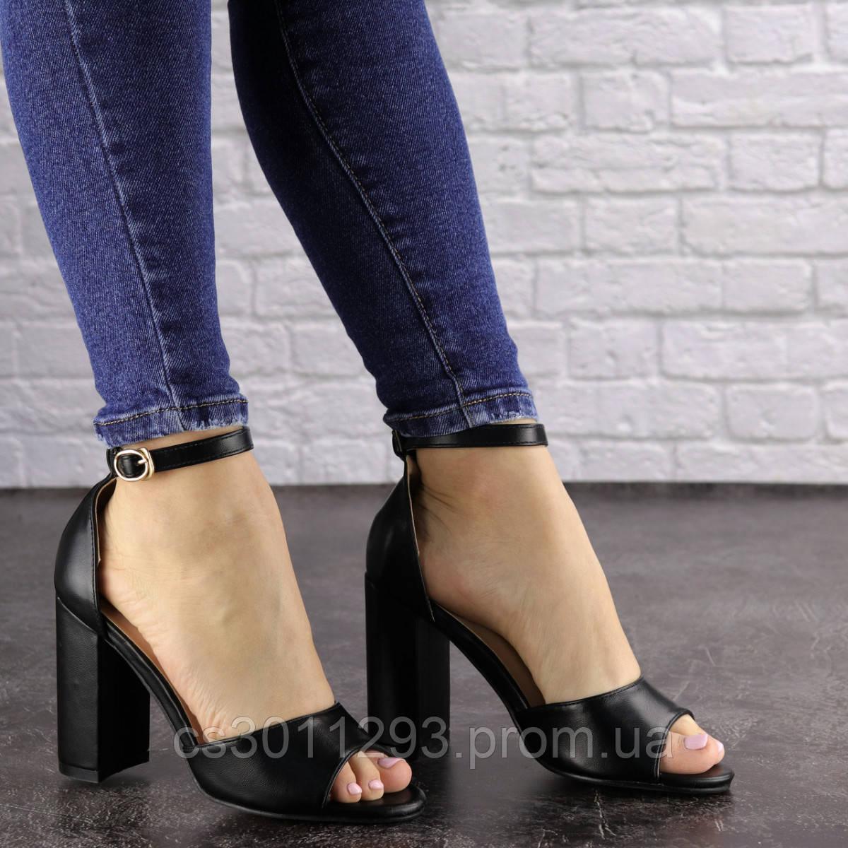Женские босоножки на каблуке Fashion Cliff 1533 38 размер 24,5 см Черный