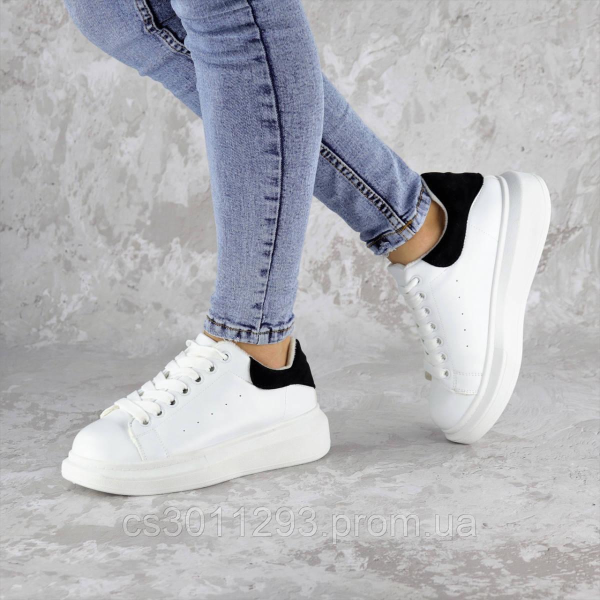 Кроссовки женские зимние с черным Fashion Celtie 2263 37 размер 24 см Белый
