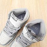 Женские кроссовки в стиле Jordan 1 Retro High Dior белые с серым, фото 9
