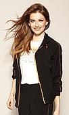 Жіноча спортивна куртка чорного кольору. Модель Rika Zaps, колекція весна-літо 2021.