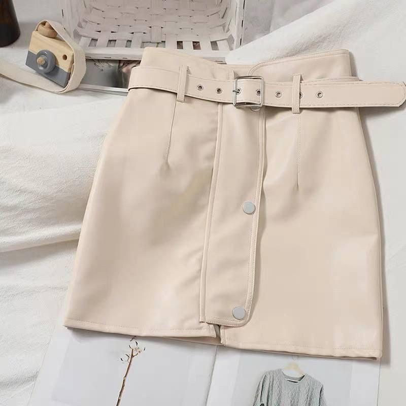 Кожаные женские юбки с ремнём