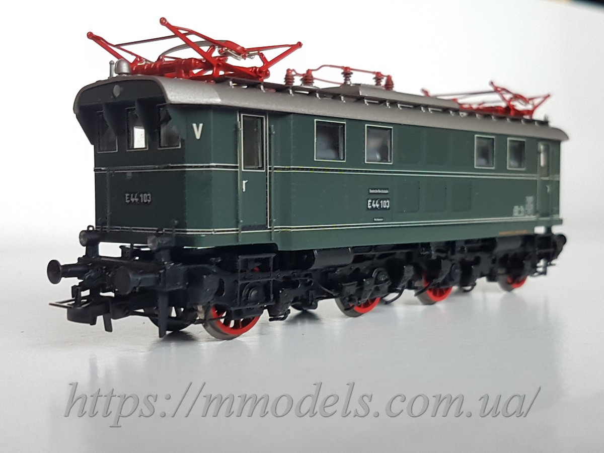 Liliput 132540 Коллекционная модель электровоза серии E44 103, эпоха II, DSS, масштаба Н0 (1/87)
