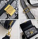 Модная Сумка кроссбоди женская с широким ремнем цвет под питона, фото 6