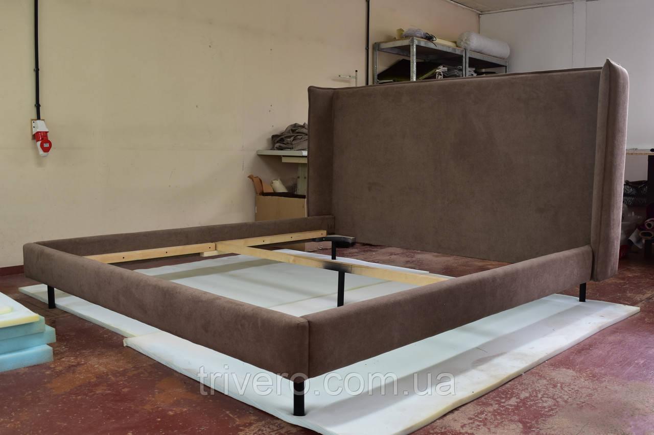 Сучасна ліжко в тканини з м'яким узголів'ям
