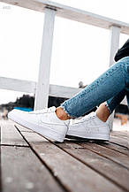 Женские кроссовки Nike Air Force Low White Woman
