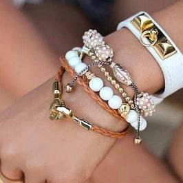 Женские украшения - браслеты, серьги, бижутерия