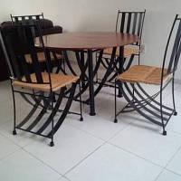 Набор кухонной мебели стол + 4 стула Briz