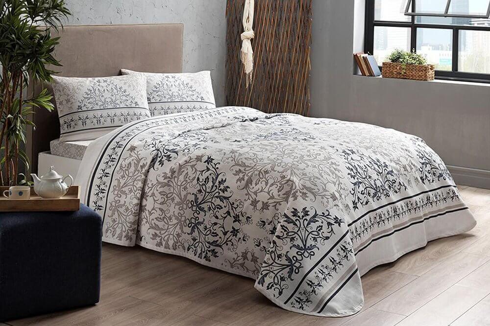 Комплект постельного белья с покрывалом-пике TAC Valencia Blue полуторный / простынь на резинке