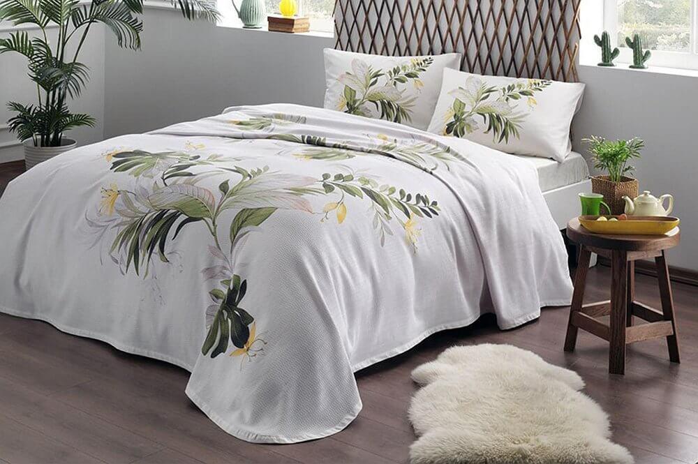 Комплект постельного белья с покрывалом-пике TAC Juno Green полуторный / простынь на резинке