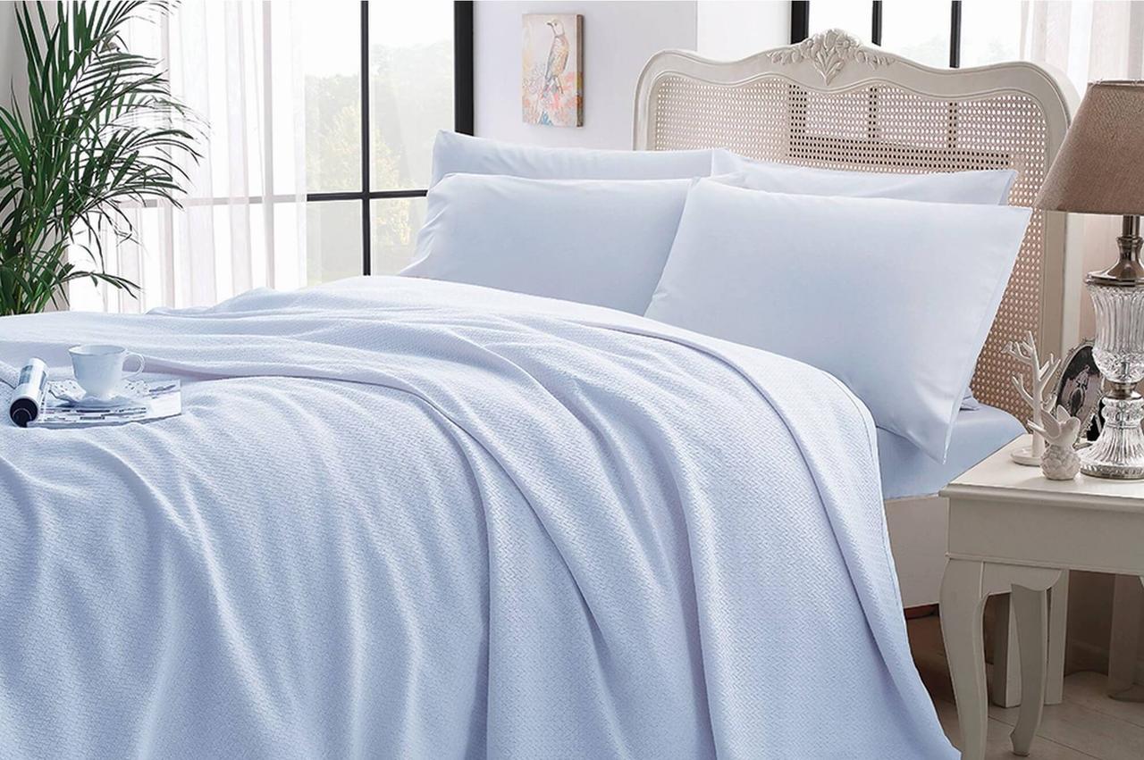 Комплект постельного белья с покрывалом-пике TAC Iglo Blue евро / простынь на резинке