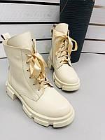 Ботинки женские бежевые кожаные на низком ходу, фото 1