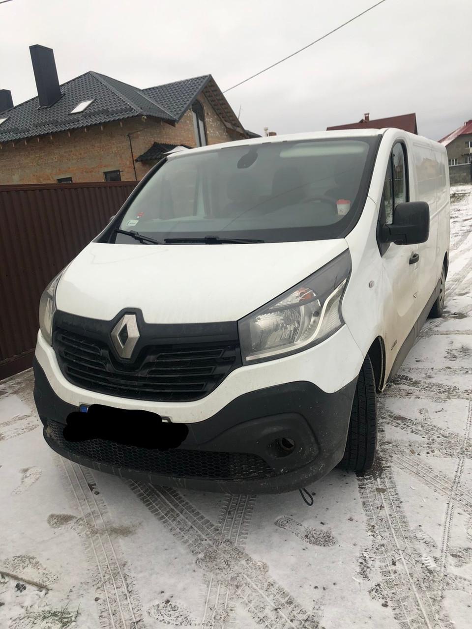 Решетка радиатора для Рено Трафик Renault Trafic 2014-2020 г. в.