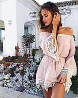 Розовое платье женское с кружевом