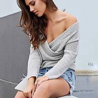 Вязанный свитер женский с переплётом