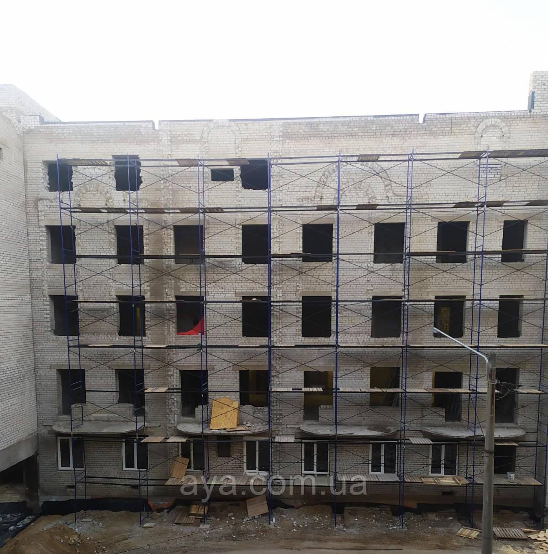 Будівельні риштування комплектаціяБудівельні рамні риштування комплектація