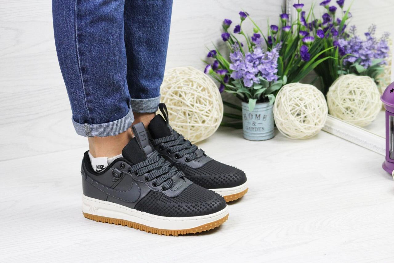 Жіночі кросівки Nike Lunar Force LF-1, 41