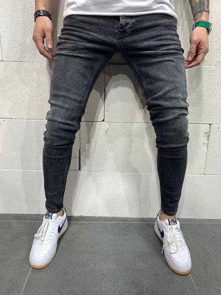 Мужские темные узкие джинсы