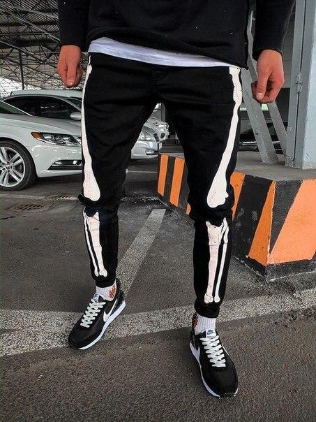 Модные черные мужские рваные джинсы