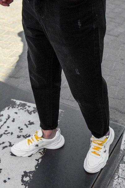 Черные широкие потертые мужские джинсы