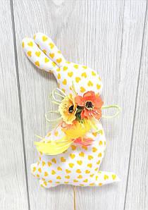 Пасхальный заец Hand Made (белый в жолтые сердечки)