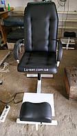 Черное кресло для педикюра с треногой, фото 1