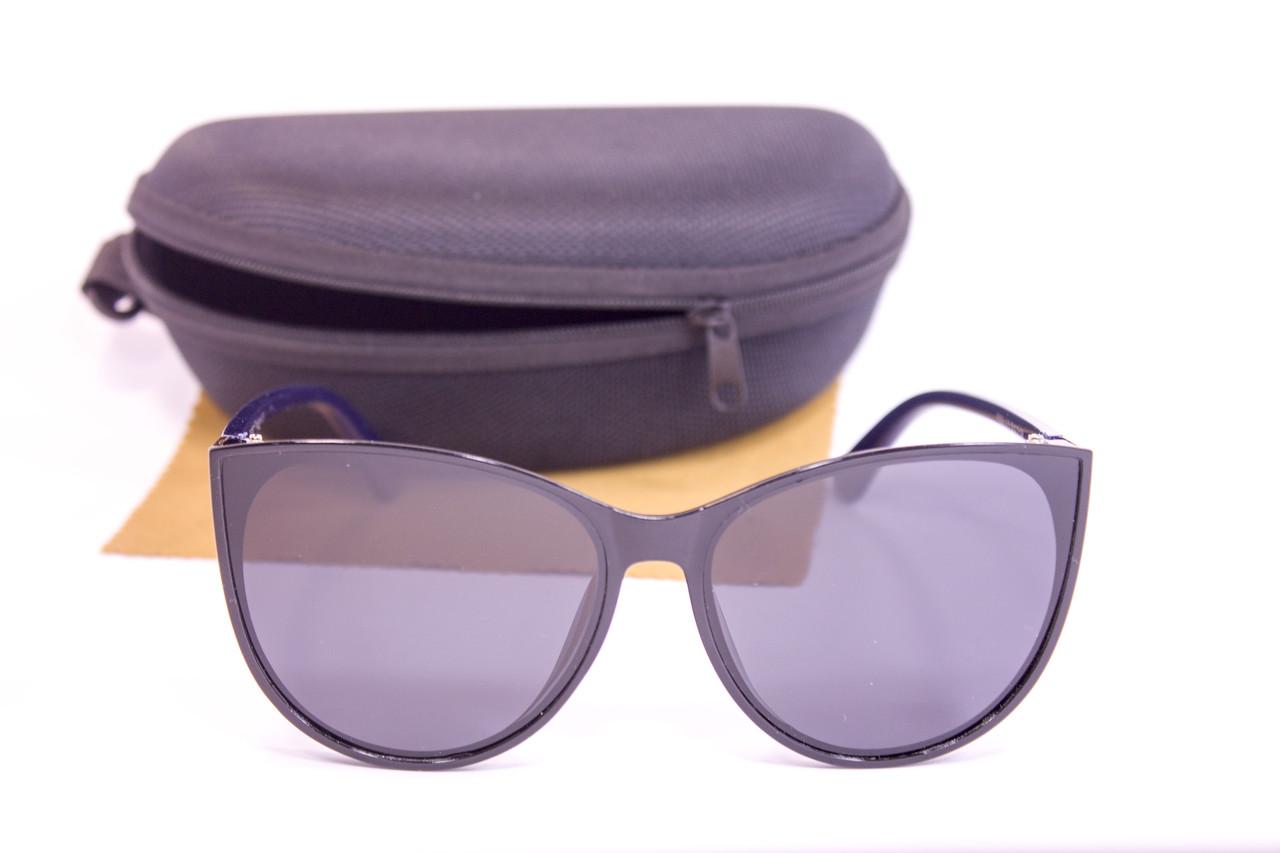 Солнцезащитные очки с футляром F0925-5