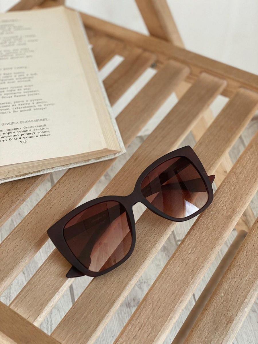 Очки солнцезащитные матовые квадратные ROMASHKA коричневые