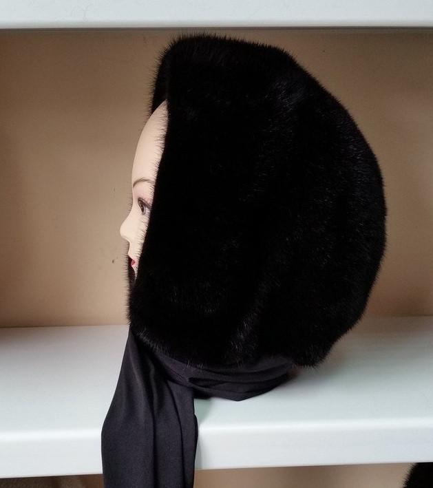 Меховая стильная косынка капюшон цвет черный