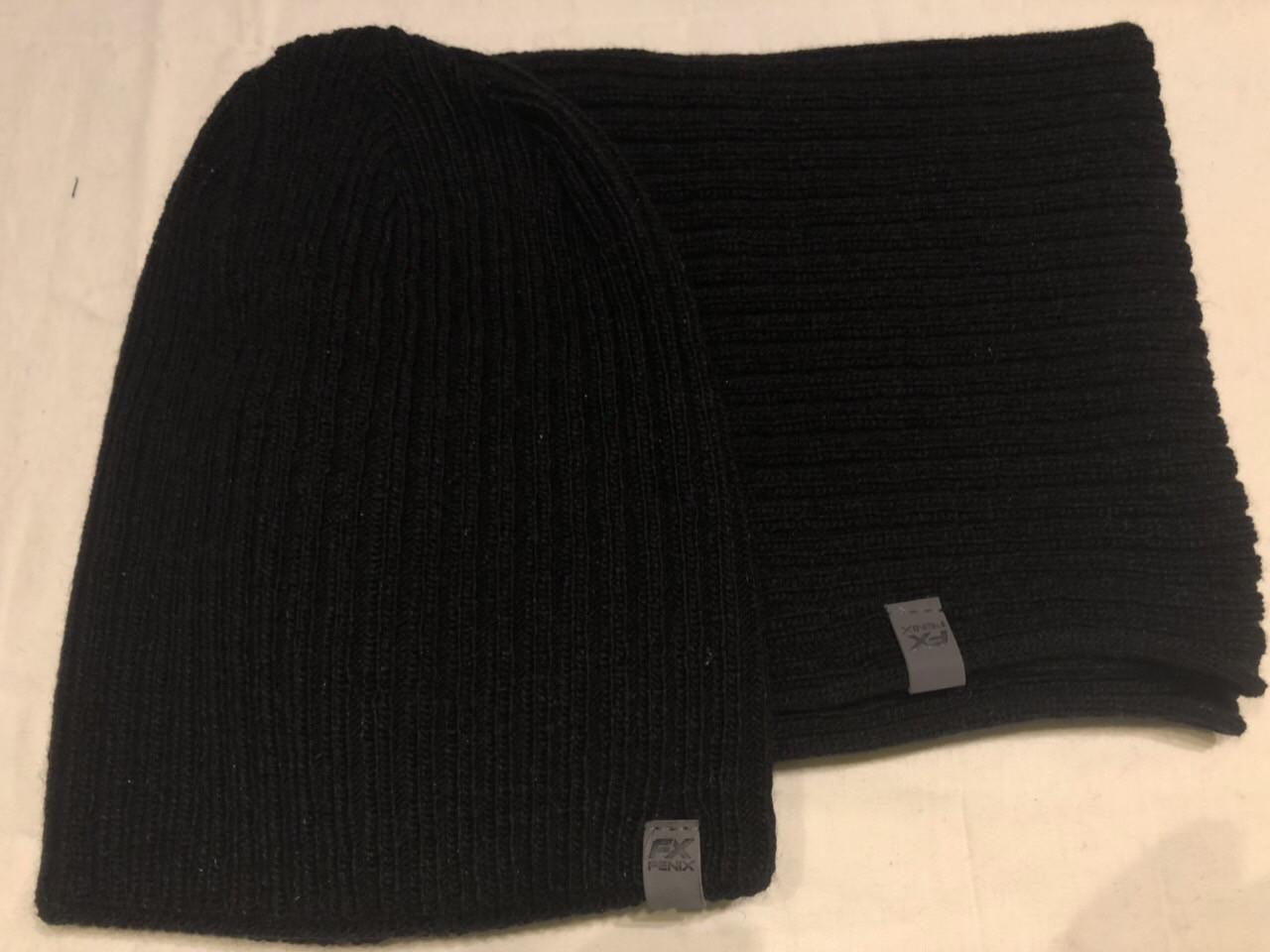 Черный мужской комплект шапка +шарф