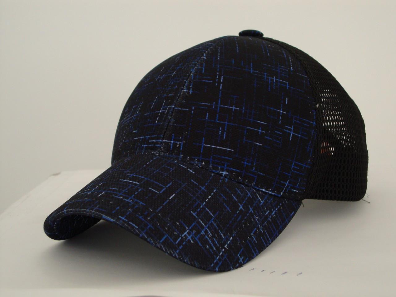 Бейсболка чёрная с синим абстрактным рисунком