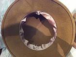 Женская шляпа с полями из  фетра с атласной лентой и цветочной композицией цвет бежевый, фото 3