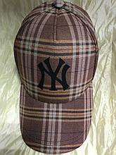 Бейсболка коричневая с бежевым в клетку утеплённая 56-57