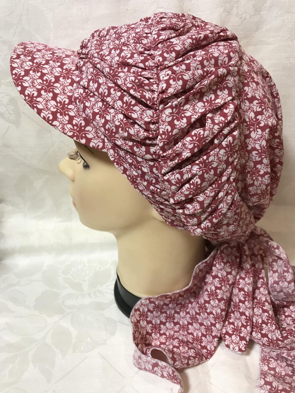 Бандана-шапка-косынка бордовая с козырьком и объёмной драпировкой