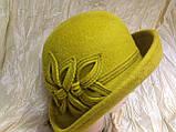 Фетровая  шляпа с полями и с украшением, фото 10