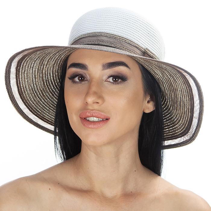 Летняя шляпа  украшена лентой цвет белый с коричневым