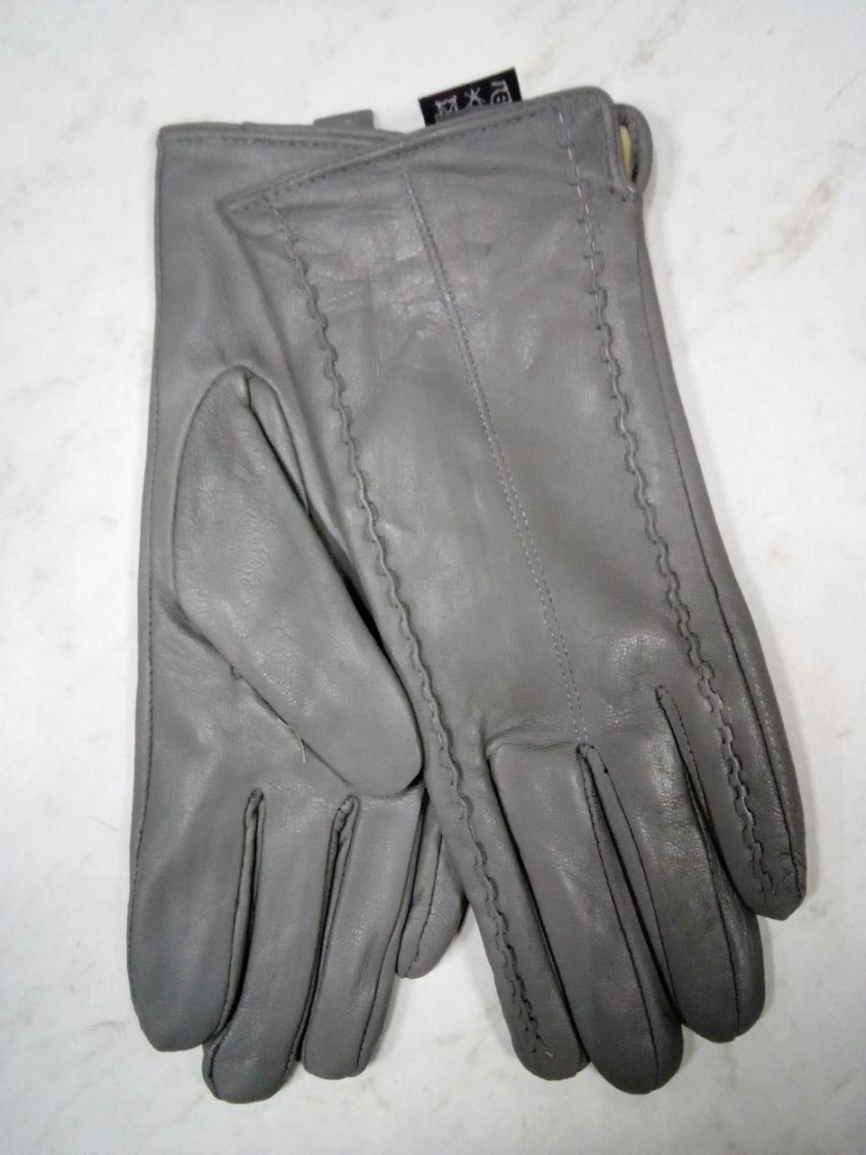 Серые женские  перчатки из натуральной мягкой кожи