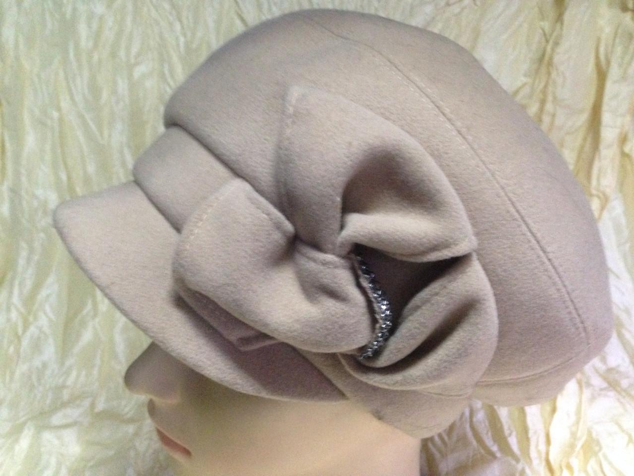 Бежевая женская кашемировая эксклюзивная кепка