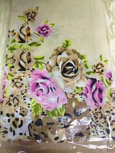 Платок с цветочным принтом длина стороны 85 см цвет молочный