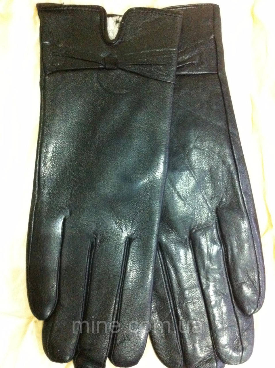 Модные женские кожаные  перчатки цвет черный