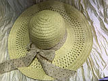 Летняя коричневая шляпка из соломки украшена лентой с бантом, фото 3