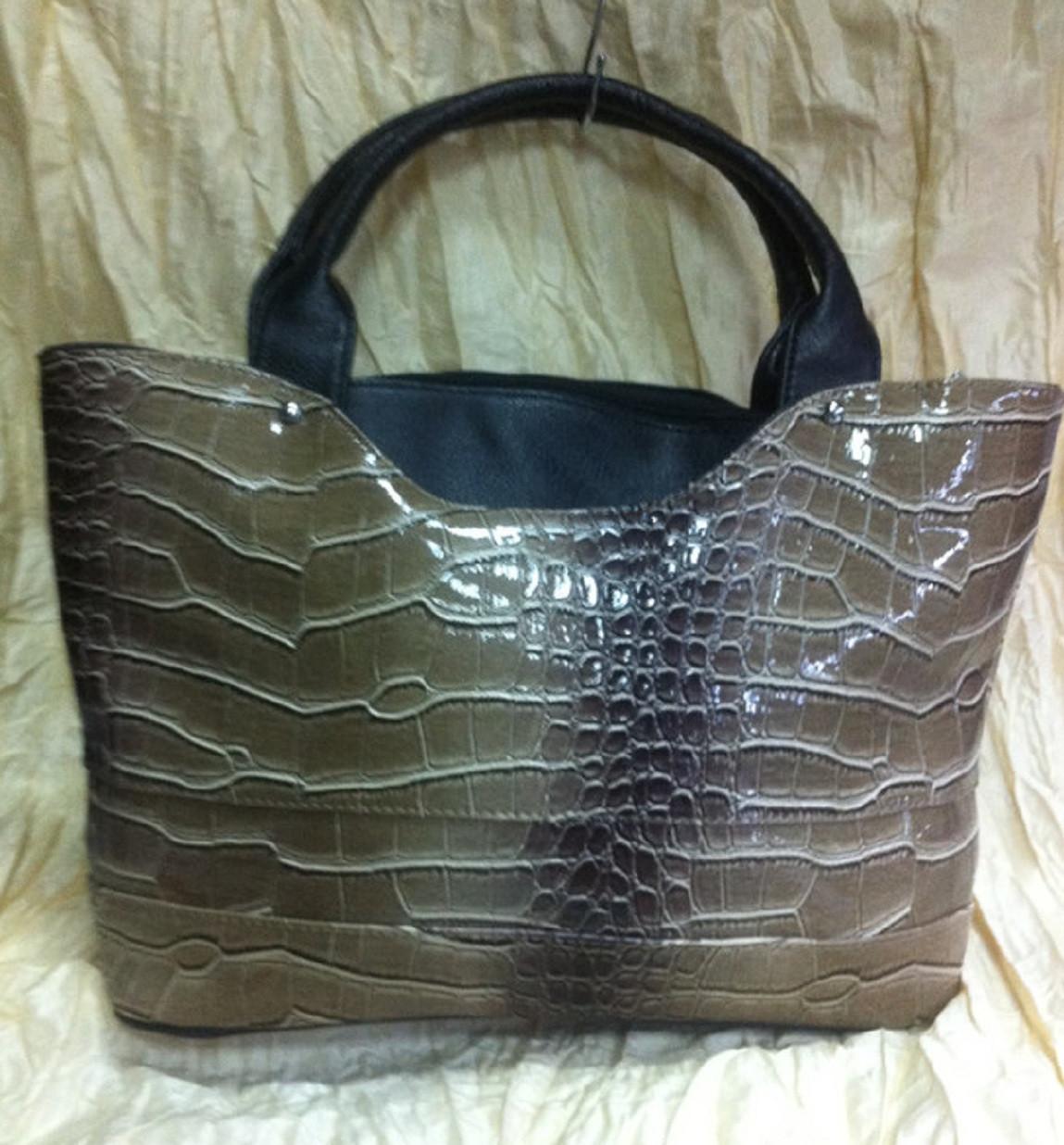 Женская коричнево оливковая сумка  под кожу крокодила