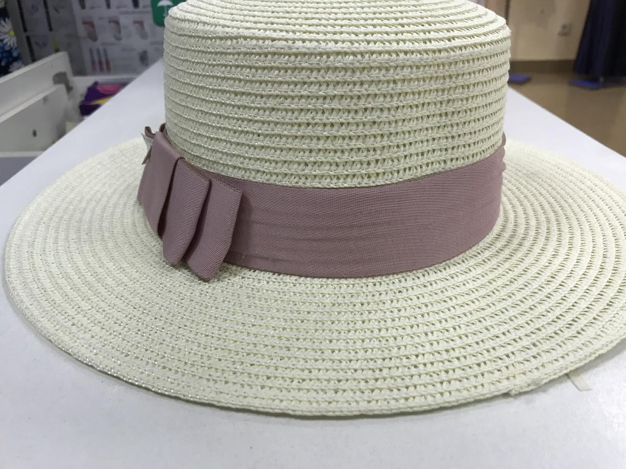 Женская шляпка канотье из соломки цвет молочный с розовым бантом
