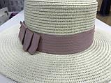 Женская шляпка канотье из соломки цвет молочный с розовым бантом, фото 4