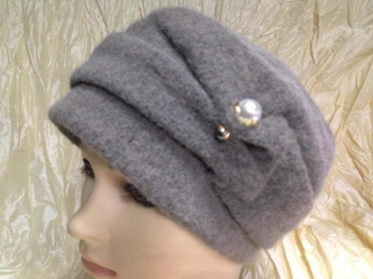 Кашемировая женская шляпка с жемчужиной цвет серый