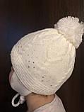 Детская белая шапочка с рисунком бубоном ушками завязками, фото 4